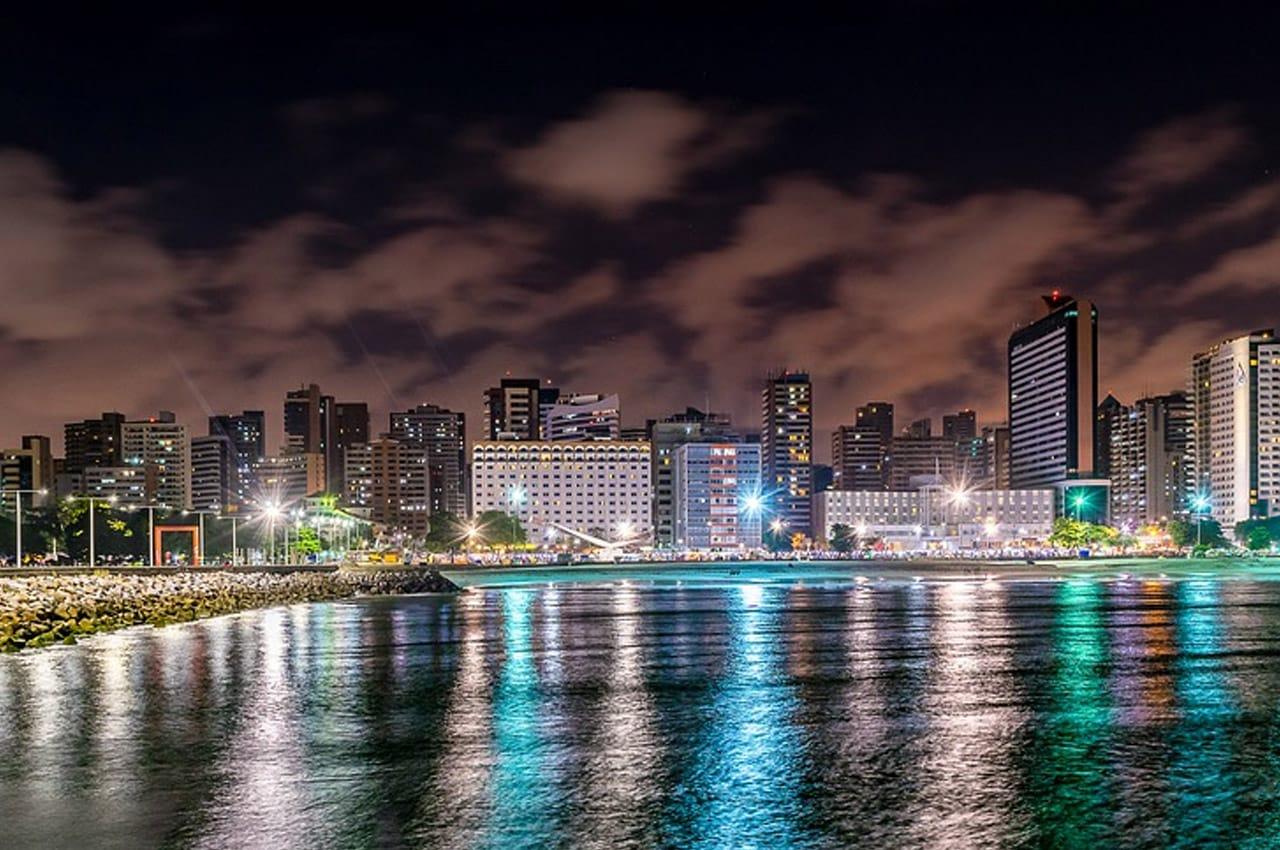vida noturna em Fortaleza