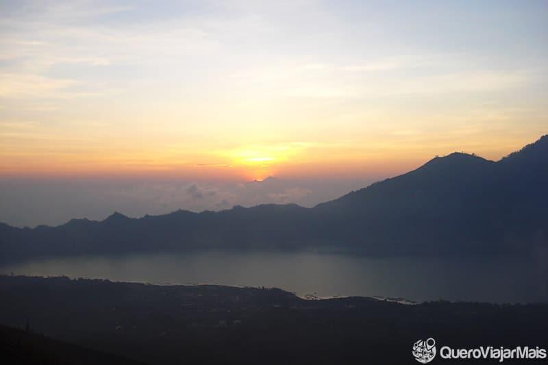 lago-batur-bali-indonesia-top-10-lagos-incriveis