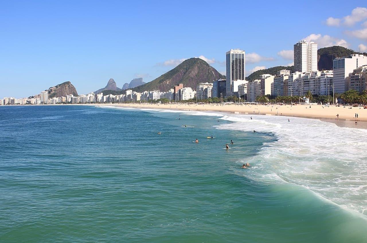 Quais as 20 praias mais bonitas do Brasil?