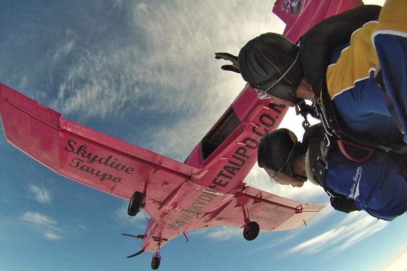 Saltar de paraquedas em Lake Taupo