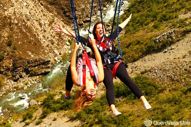 Santar de bungee jump na Nova Zelândia