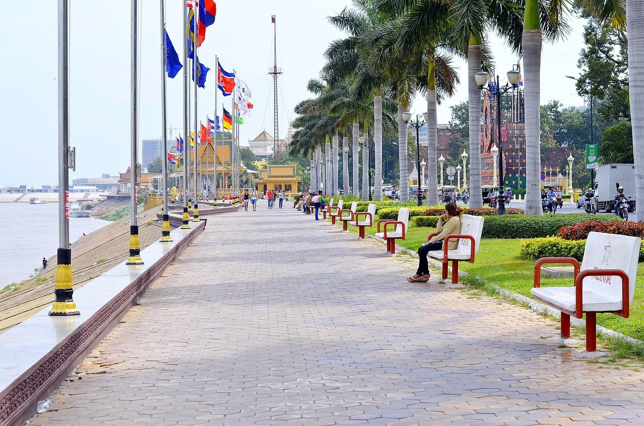 moeda camboja