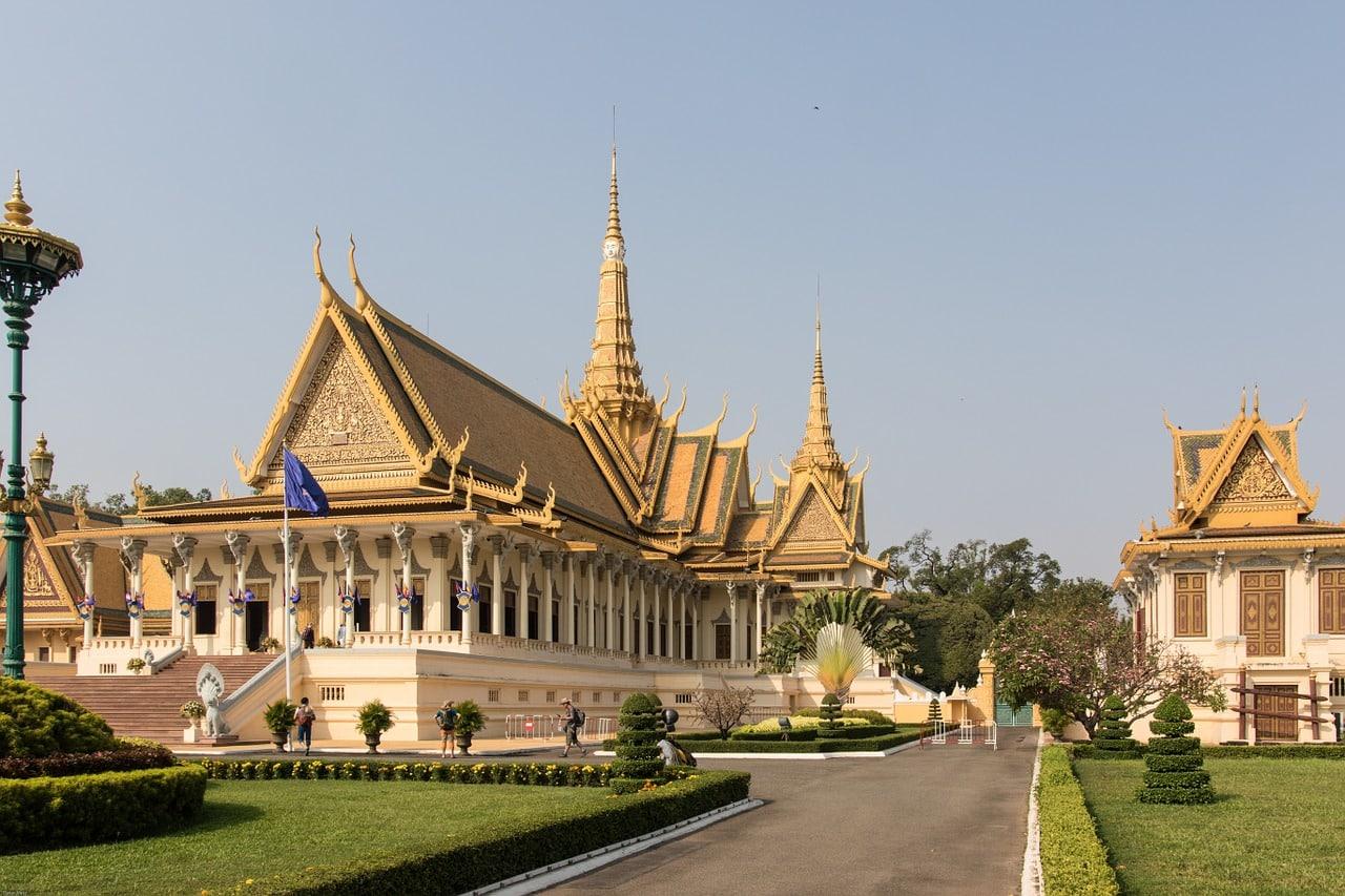 quanto gasto no camboja