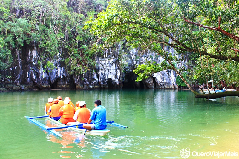 Rio subterrâneo de Puerto Princesa.