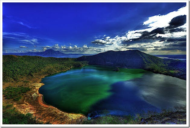 taal-volcano-manila-filipinas
