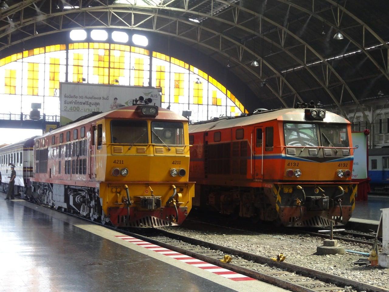 Viajar de trem na Tailândia