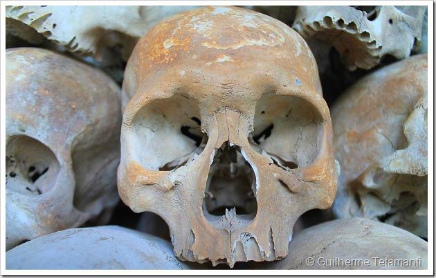 turismo-camboja-killing-fields-phnom-penh