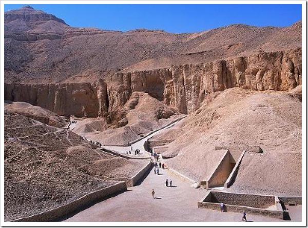 O Vale dos Deuses no Egito.