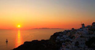 O que fazer na famosa ilha grega de Santorini