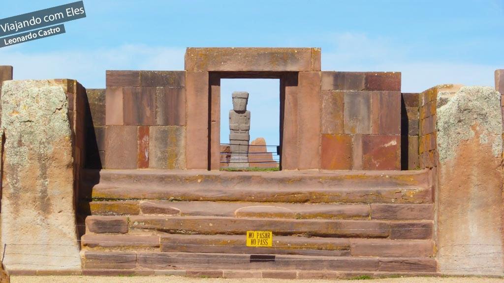 O que ver no sítio arqueológico Tiwanaco