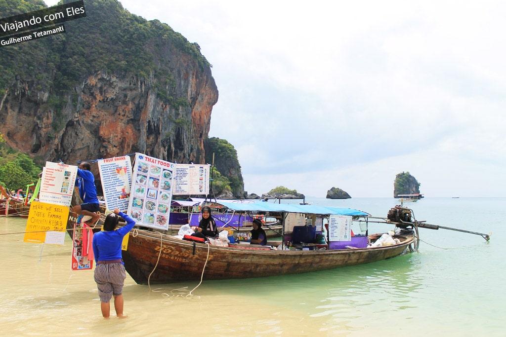 Bares em barcos de Railay Beach