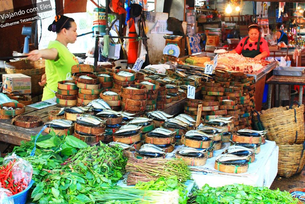 Mercado de rua em Bangkok