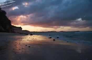 Pôr-do-sol na Praia do Centro.
