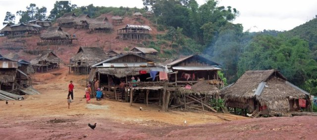 Laos - Ir ao encontro das Tribos de Montanha no Norte do país