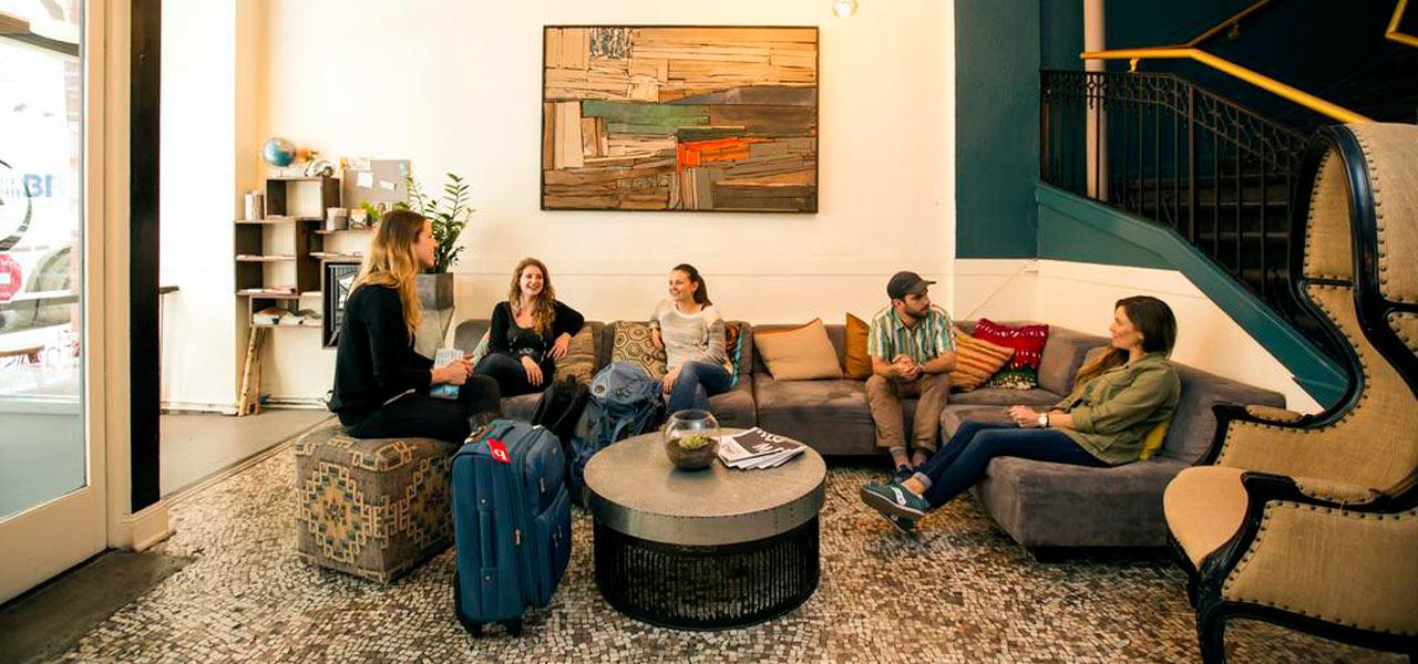 hostel na california