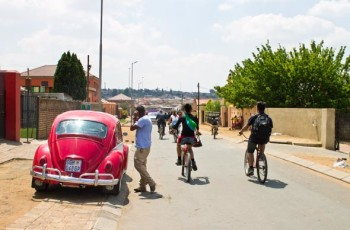 Passeio de bicicleta no Soweto.