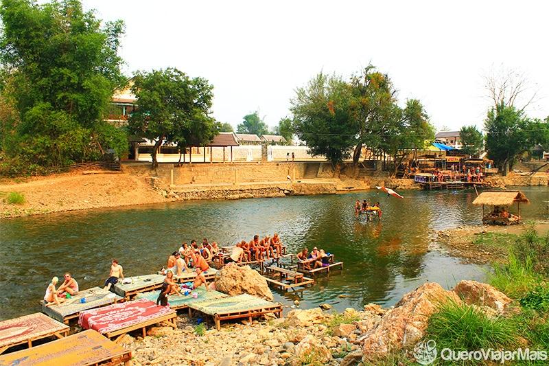Turismo em Vang Vieng / Laos