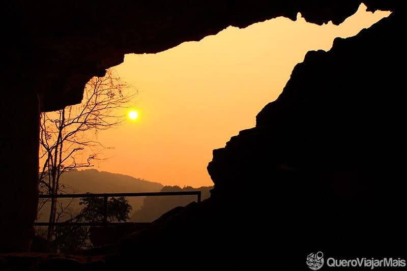 Pôr do sol no Sudeste Asiático