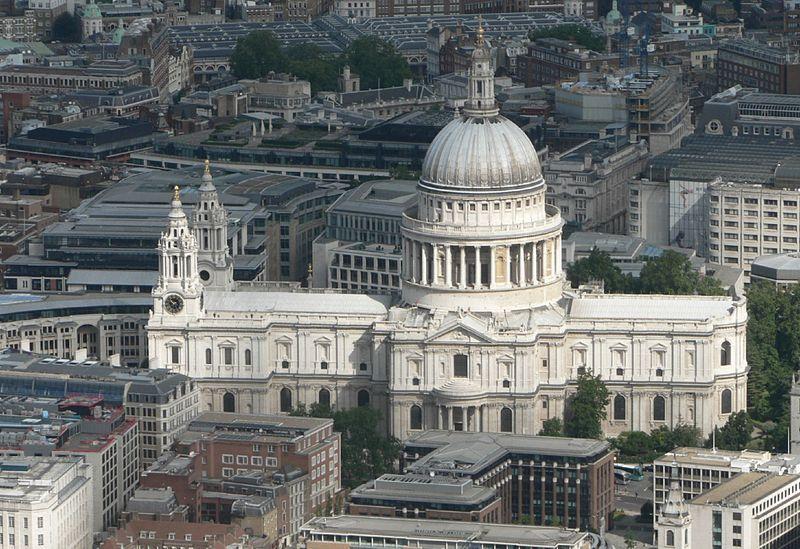 Vista aérea da Catedral de São Paulo.