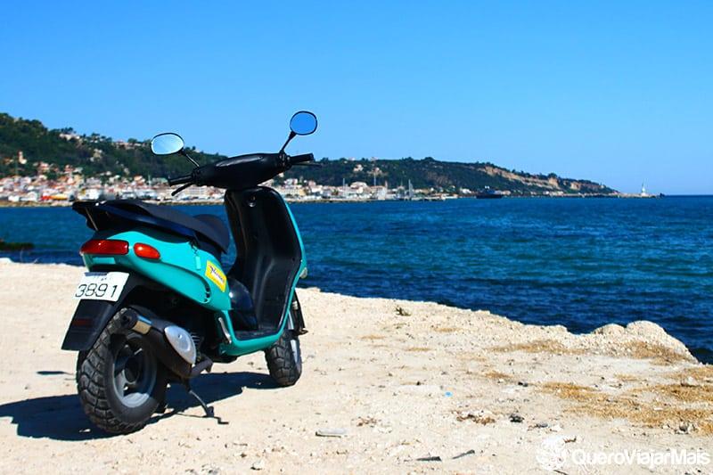 Como chegar em Santorini de motocicleta