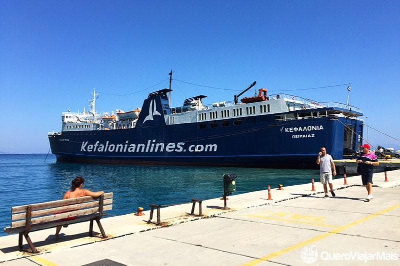 Ferry boat em Cefalônia