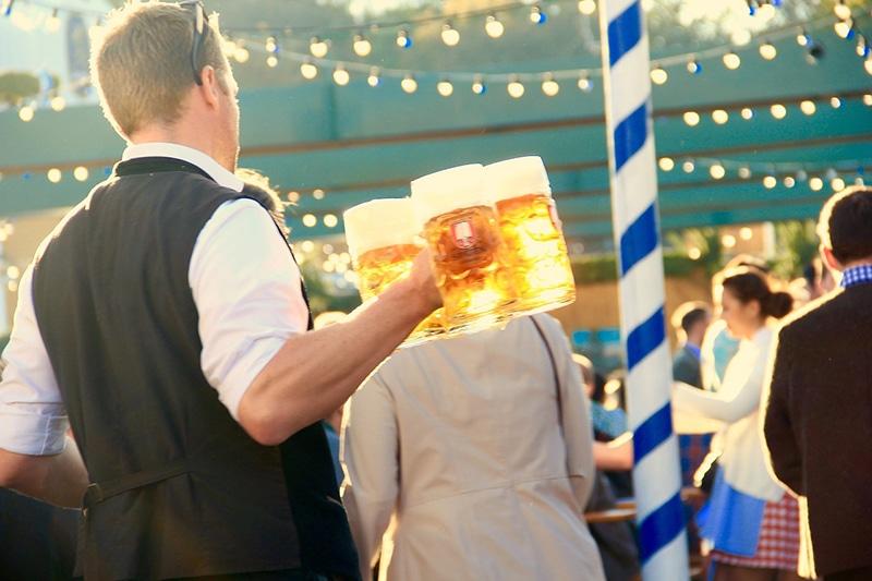 Quanto custa a cerveja na Oktoberfest