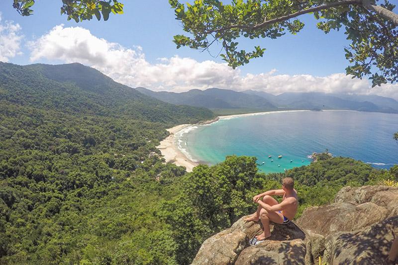 Praia do Aventureiro, em Ilha Grande