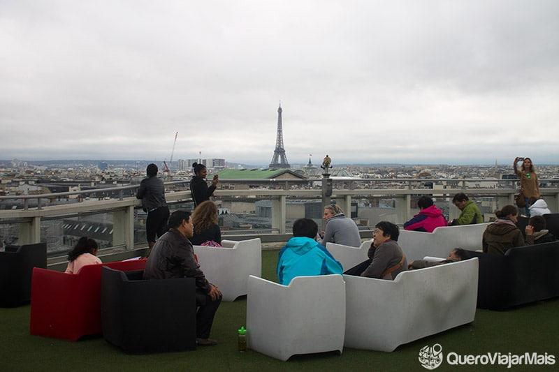 Pontos turísticos com vista para a Torre Eiffel