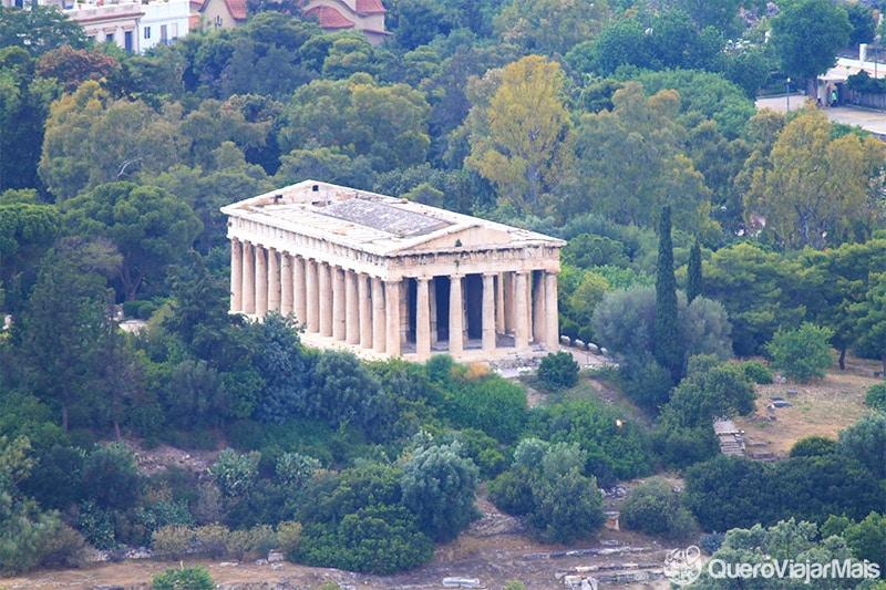 Templo de Hefesto, um dos principais pontos turísticos de Atenas.