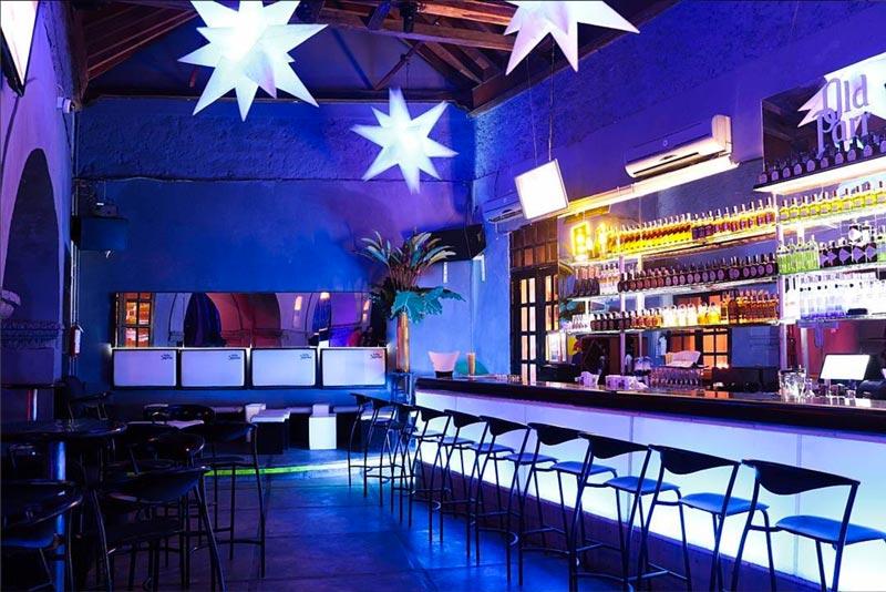 Vida noturna em cartagena col mbia dicas de bares e - Cuadros para bares ...