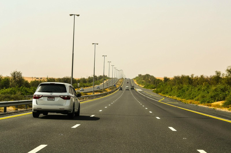 Alugar carro em Dubai