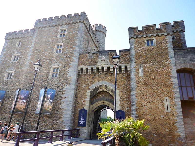 Conhecer castelos em Cardiff