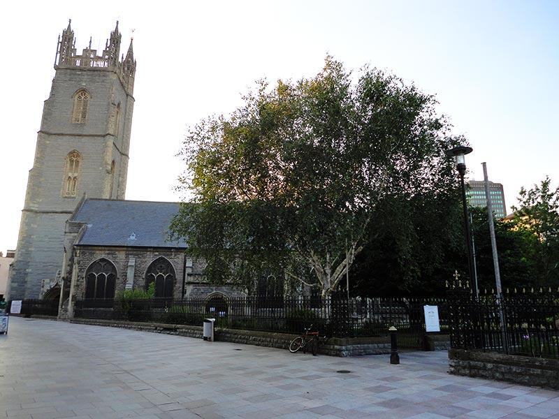 St John the Baptist Church, em Cardiff