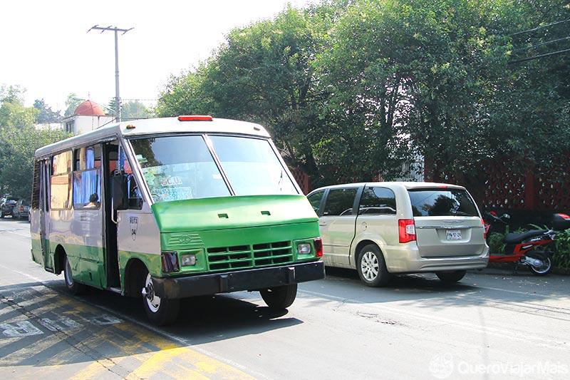 Andar de ônibus na Cidade do México