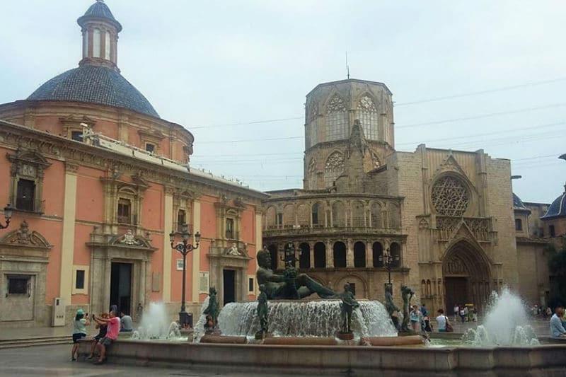 Pontos turísticos importantes em Valência
