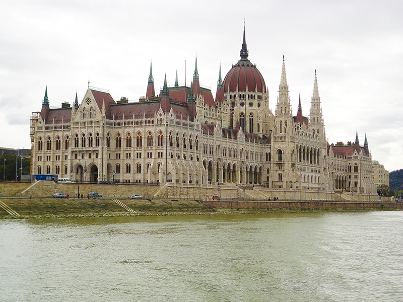pontos turísticos de Budapeste parlamento
