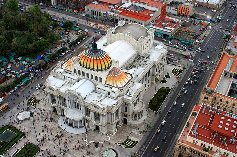Atrações noturnas na Cidade do México
