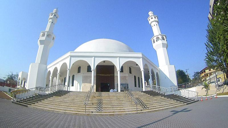 Onde fica a mesquita em Foz do Iguaçu
