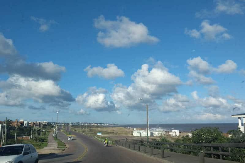 Como são as estradas do Uruguai para carros?