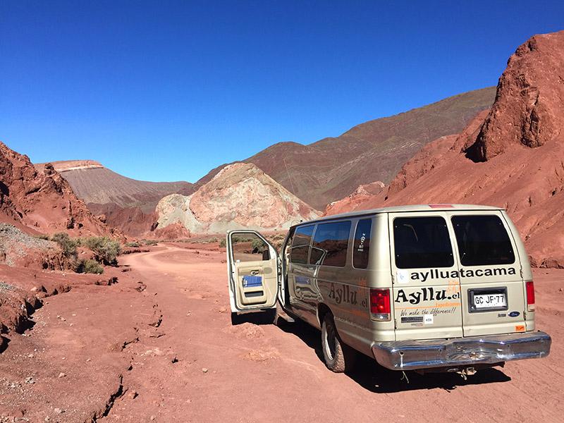 Passeio ao Vale do Arco-Íris, no Atacama