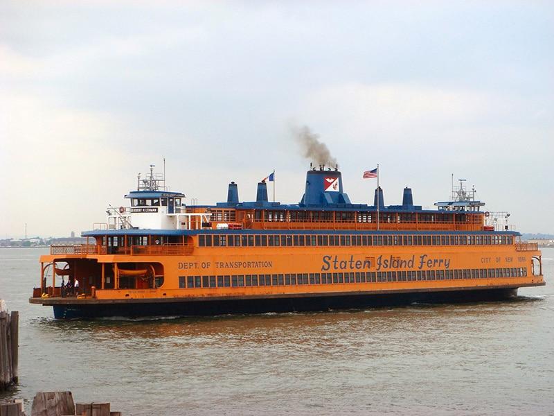 Como funciona o ferry em Nova York