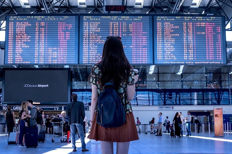 Com qual antecedência chegar no aeroporto