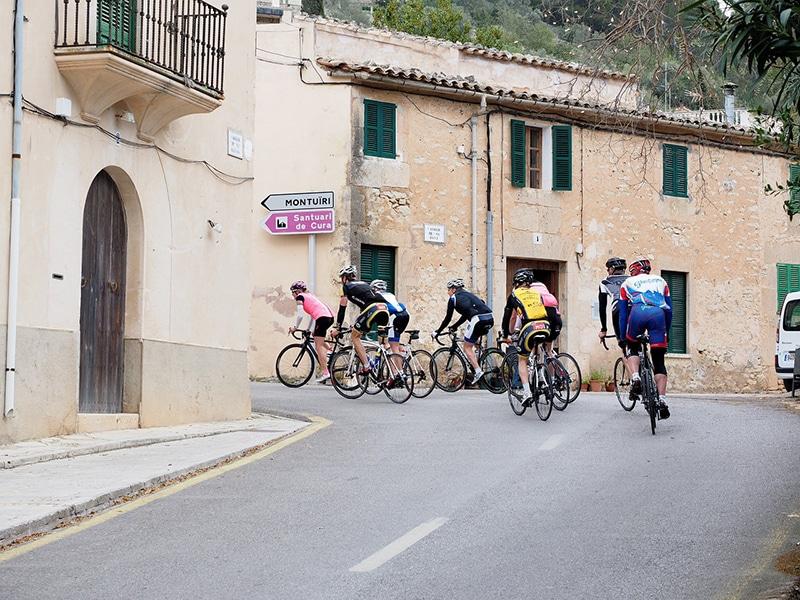 Dicas de agências especializadas em viagem de bike