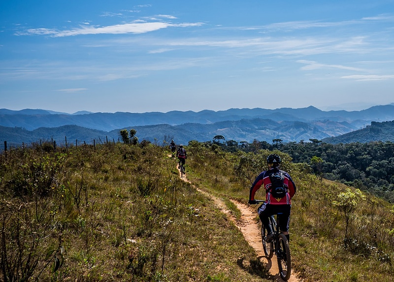 É seguro viajar de bike ao redor do mundo