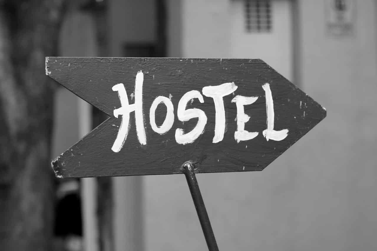 Como guardar a mala em Hostel?