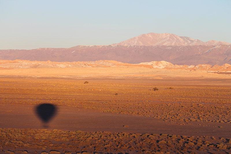 Vale a pena voar de balão no Atacama
