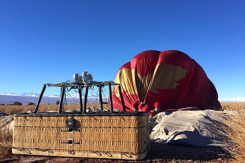 Andar de balão no Atacama