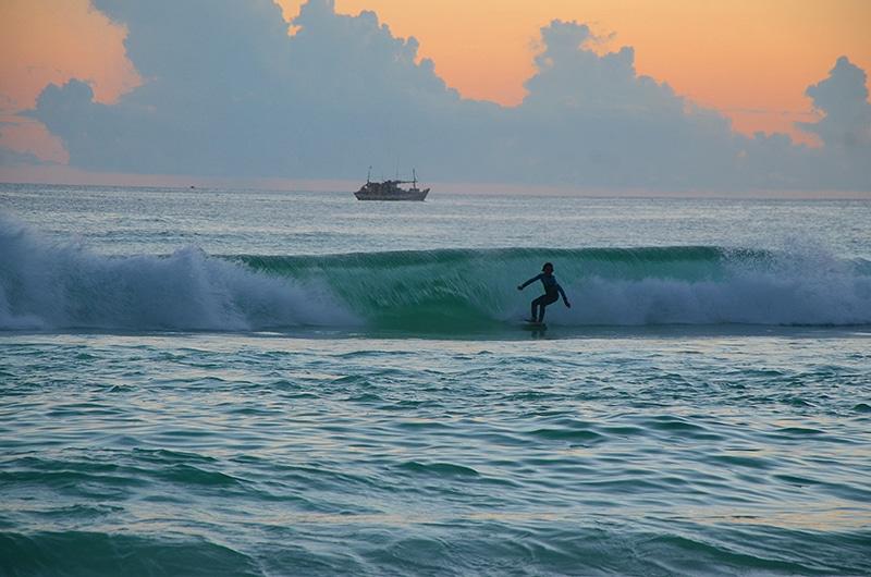 Onde surfar em Arraial do Cabo