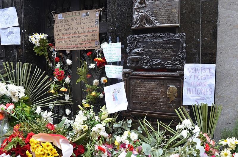 Onde ficar o túmulo de Evita Perón