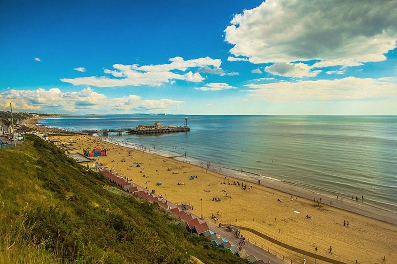Praias no litoral da Inglaterra